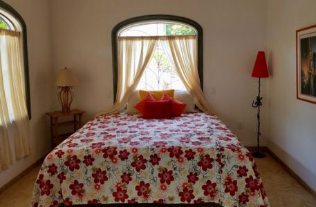 5-bedroom